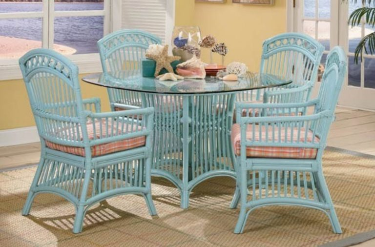 Cottage Collection screen porch furniture and pergola furniture
