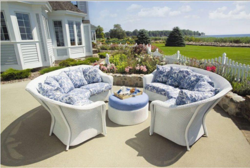 screen porch furniture and pergola furniture